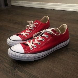 All Star Converse (red)